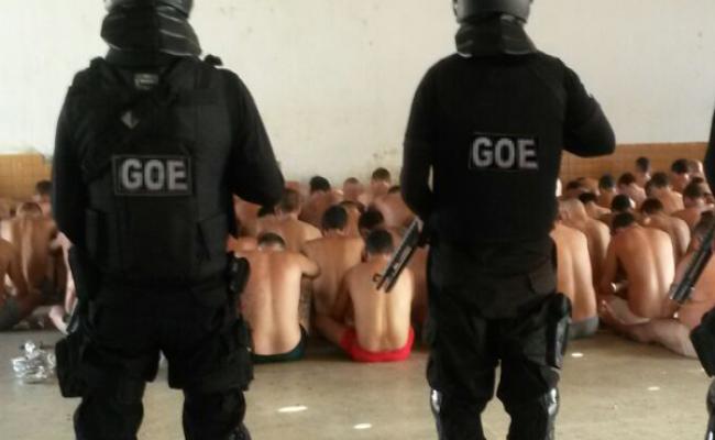 Nove agentes penitenciários controlam 280 presos em rebelião em Nova Cruz
